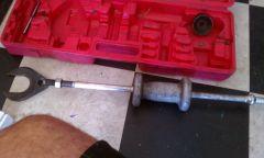 Slide hammer