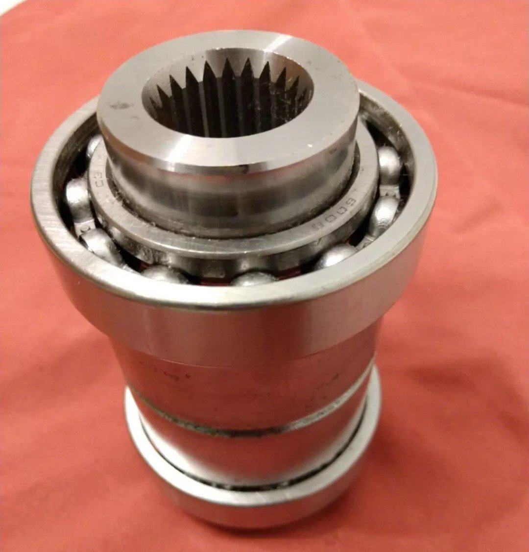 Polaris RZR 1000 front differential output hubs! - UTV Off